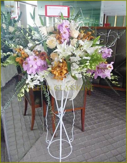 สแตนด์จัดดอกไม้ flower stand