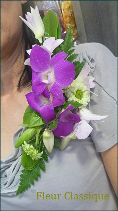 ดอกไม้ติดเสื้อดอกกล้วยไม้ corsage