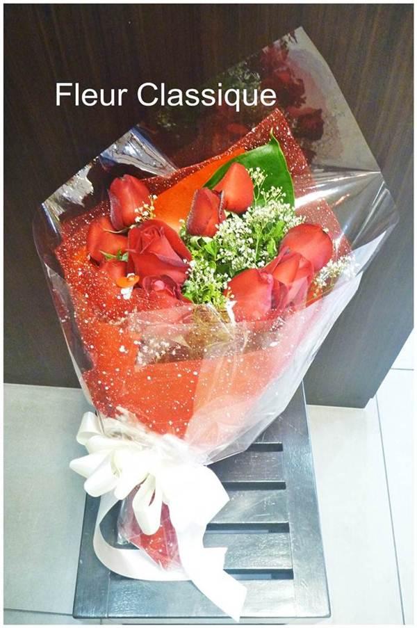 ช่อกุหลาบแดง 10 ดอก