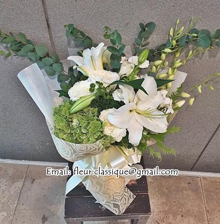 ช่อดอกไม้ขาวเขียว bouquet