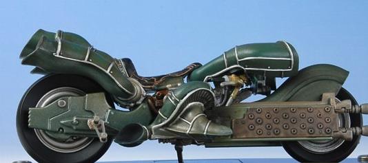 Final Fantasy Mechanical Arts: Kadaj\'s Motorcycle from Final Fantasy VII Advent Children 2