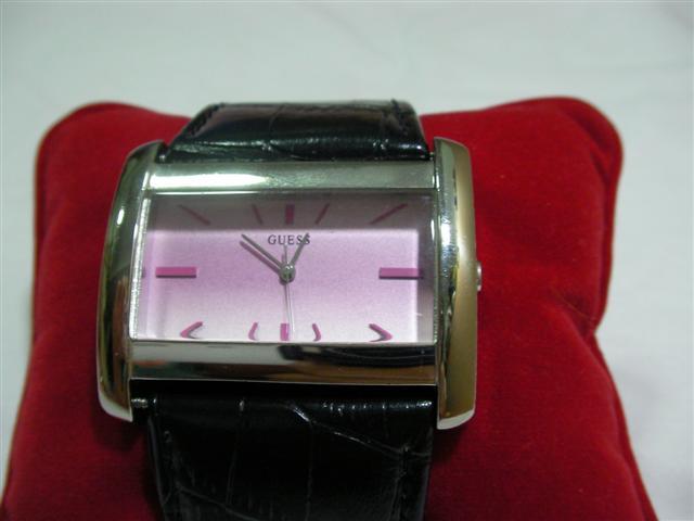 GUESS นาฬิกาผู้หญิง สินค้ามือ 2