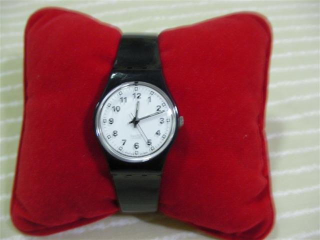SWATCH  นาฬิกาผู้หญิง รุ่นเล็ก สินค้ามือ 2