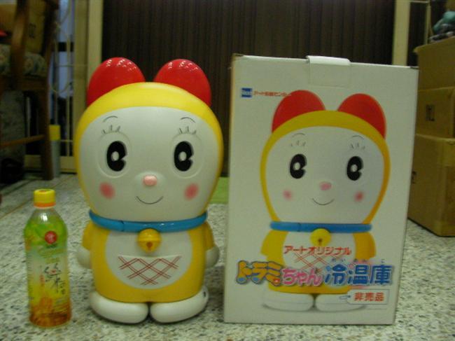 ตู้เย็นโดเรมี่ ของแท้ จากญี่ปุ่น