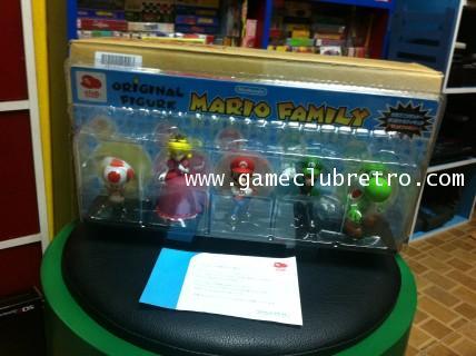 Mario Figure Club Nintendo