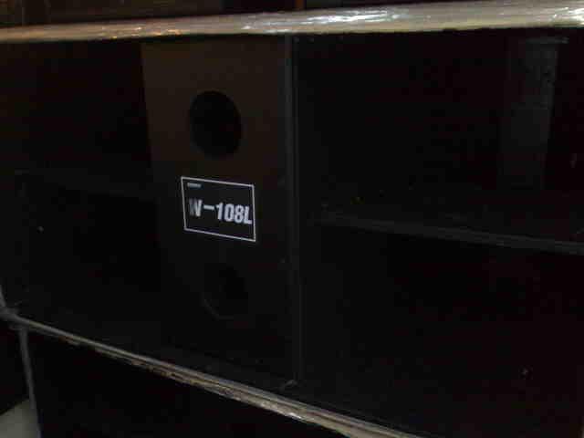 ตู้ซับ w ไม้อัดยี่ห้อ COMPPACT รุ่น W 108 L ดอก 18 1000w P.AUDIO