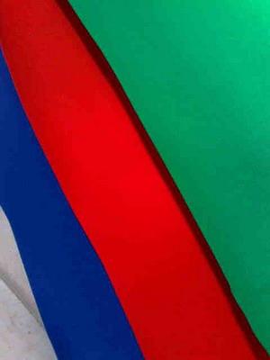 แผ่นพรมปูพื้นห้องซ้อม รองกลองชุด 1.5 x 2ม. ปูแล้วไม่ลื่นทนทาน มี3 สีให้เลือกสีเขียว,สีแดง,สีนำเงิน