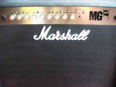 Marshall 100FX 2X12นิ้ว Combo (MG102FX) 100 Watt 2