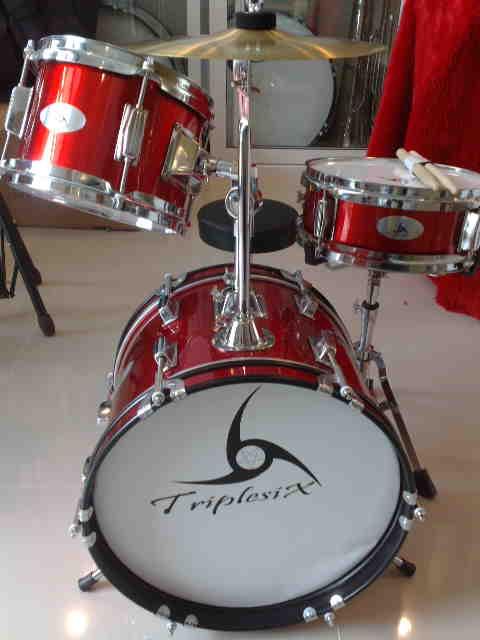 กลองชุดเด็ก Junior Drum set  666 PERCUSSION รุ่น E-600B