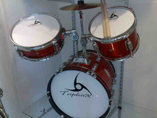 กลองชุดเด็ก Junior Drum set  666 PERCUSSION รุ่น E-600A