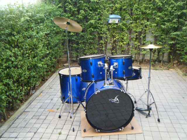 ร้านขายกลองชุด triplesix รุ่น GE1010G สีน้ำเงิน 5ใบ พร้อมเก้าอี้,หนังกลองน้ำมัน กลองสแนร์ เสียงดี