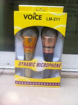 ไมโครโฟน Professional Dinamic Microphone Voice LM-211