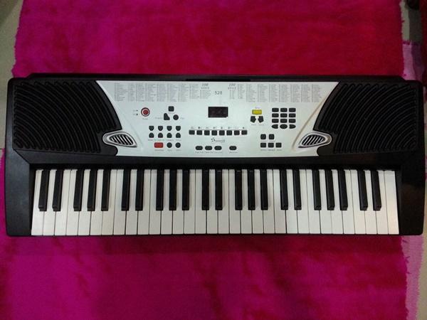 เครื่องดนตรี คีย์บอร์ด  keyboard  Siserveir รุ่น 528คีย์บอร์ดไฟฟ้า ราคาเซฟๆเอาไปเรียน คีย์บอร์ดง่าย