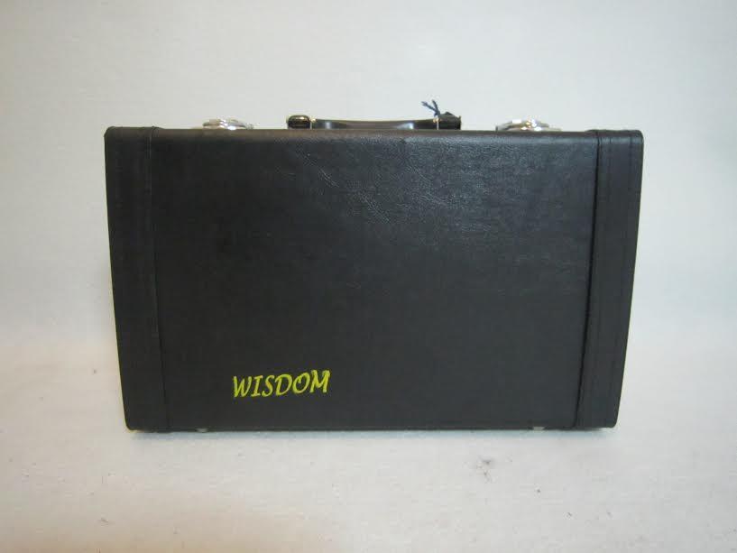 คาริเน็ท ยี่ห้อ WISDOM รุ่น GE001คุณภาพดี พร้อมกล่องและอุปกรณ์ 2