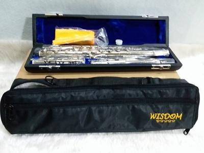 ฟลุ๊ต ยี่ห้อ WISDOM  รุ่น FFL-150N สีเงินพร้อมอุปกรณ์ครบชุด