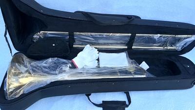 เทนเนอร์ ทรอมโบน WISDOM Tenor trombone รุ่น TP-5000L  สีทอง