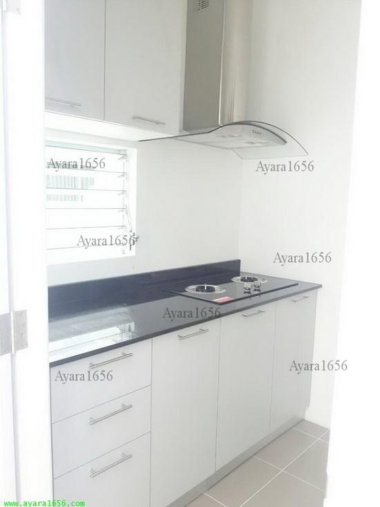 ชุดครัว Built-in ตู้ล่าง โครงซีเมนต์บอร์ด หน้าบาน Melamine สีเทาด้าน