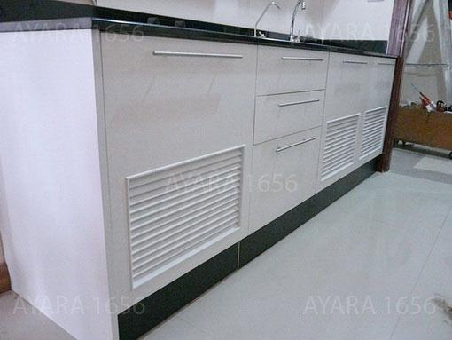 ชุดครัว Built-in ตู้ล่าง โครงซีเมนต์บอร์ด หน้าบาน Melamine สีขาว