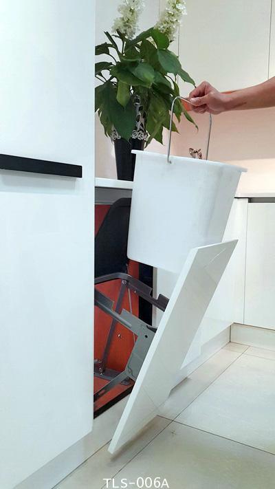 ถังขยะ รุ่นติดตั้งในตู้ครัว ใต้ Top (TLS-006A)