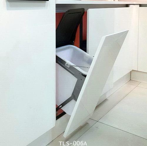 ถังขยะ รุ่นติดตั้งในตู้ครัว ใต้ Top (TLS-006A) 1