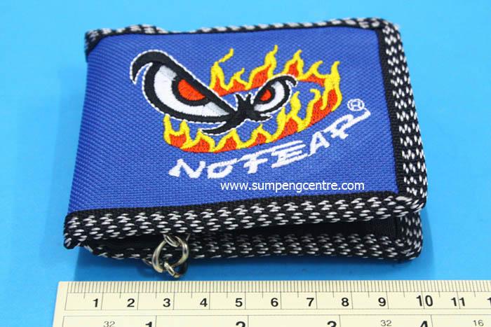 กระเป๋าสตางค์มีโซ่ No Fear ตาไฟ 2 พับ คละสี - เล็ก