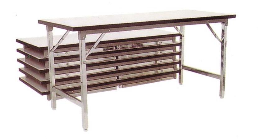 โต๊ะประชุมขาพับ หน้าโฟเมก้า ขาเหล็กชุบโครเมี่ยม