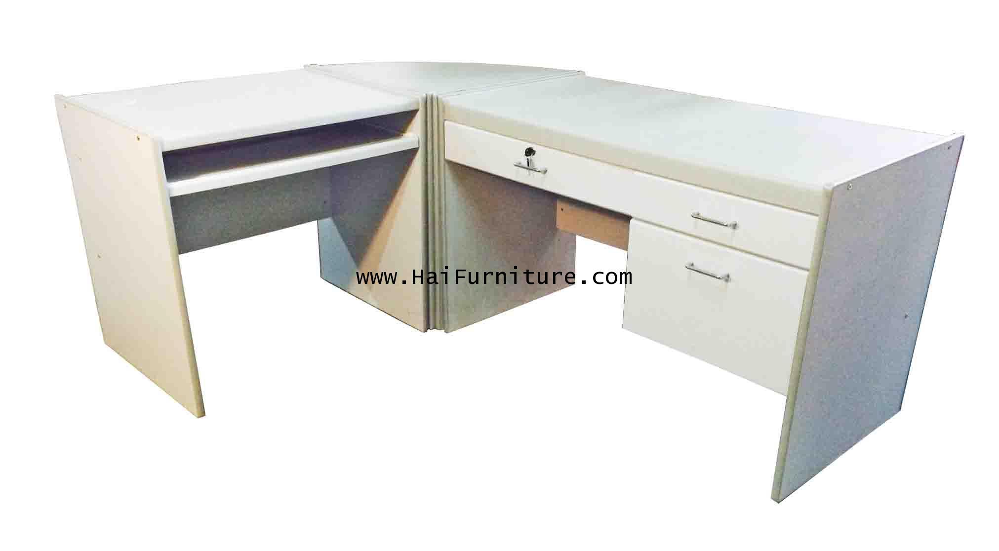 ชุดโต๊ะทำงาน 3 ชิ้น หน้า PVC สีทรายเทา