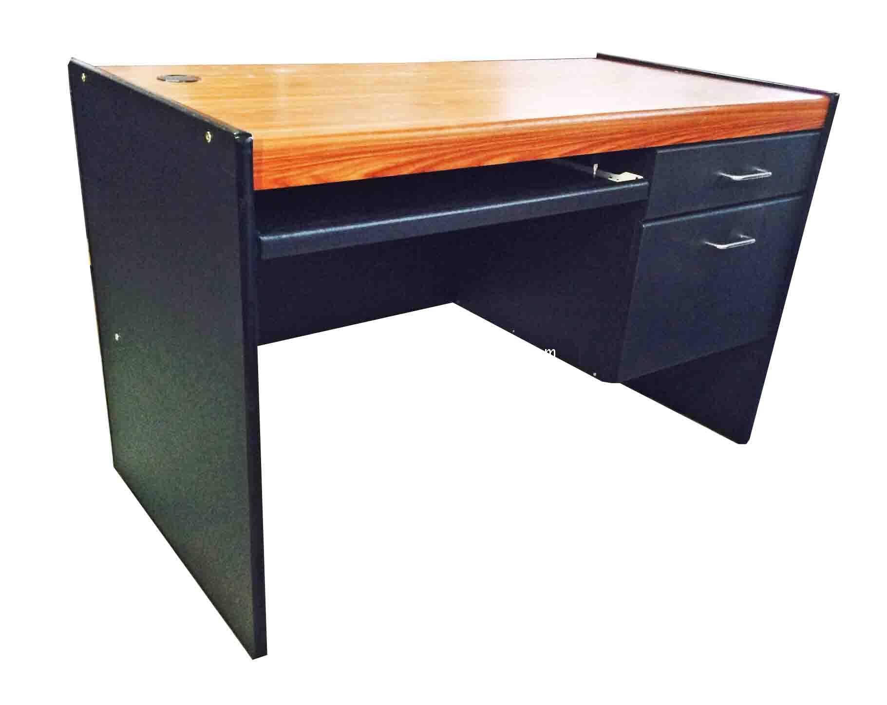โต๊ะคอมพิวเตอร์ 120 ซม. PVC สักดำ