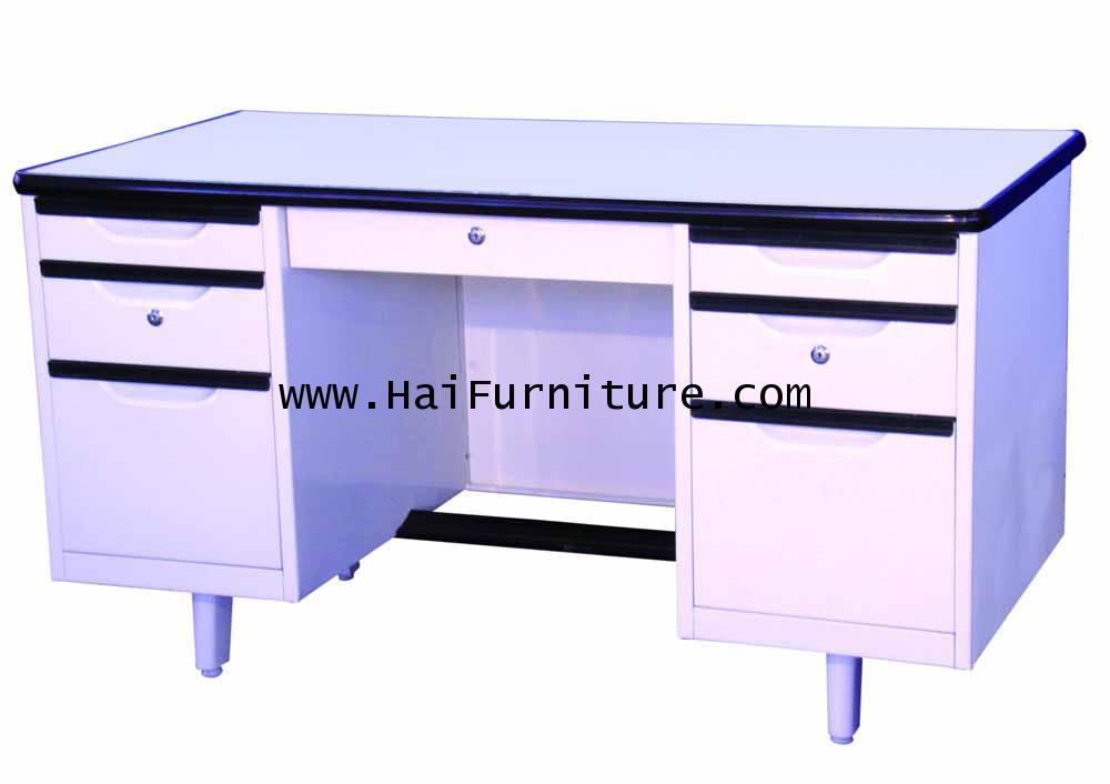 โต๊ะทำงานเหล็ก 4.5 ฟุต Grade B 138.5*67*75.3 cm