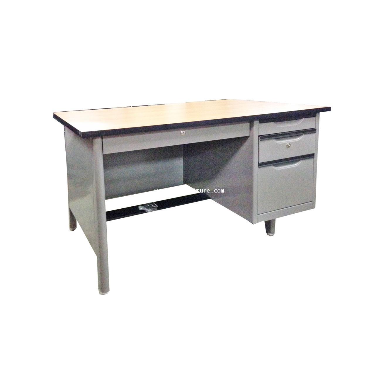 โต๊ะทำงานเหล็ก หน้าเมลามีน 108.5*72.2*75 ซม. Elegant