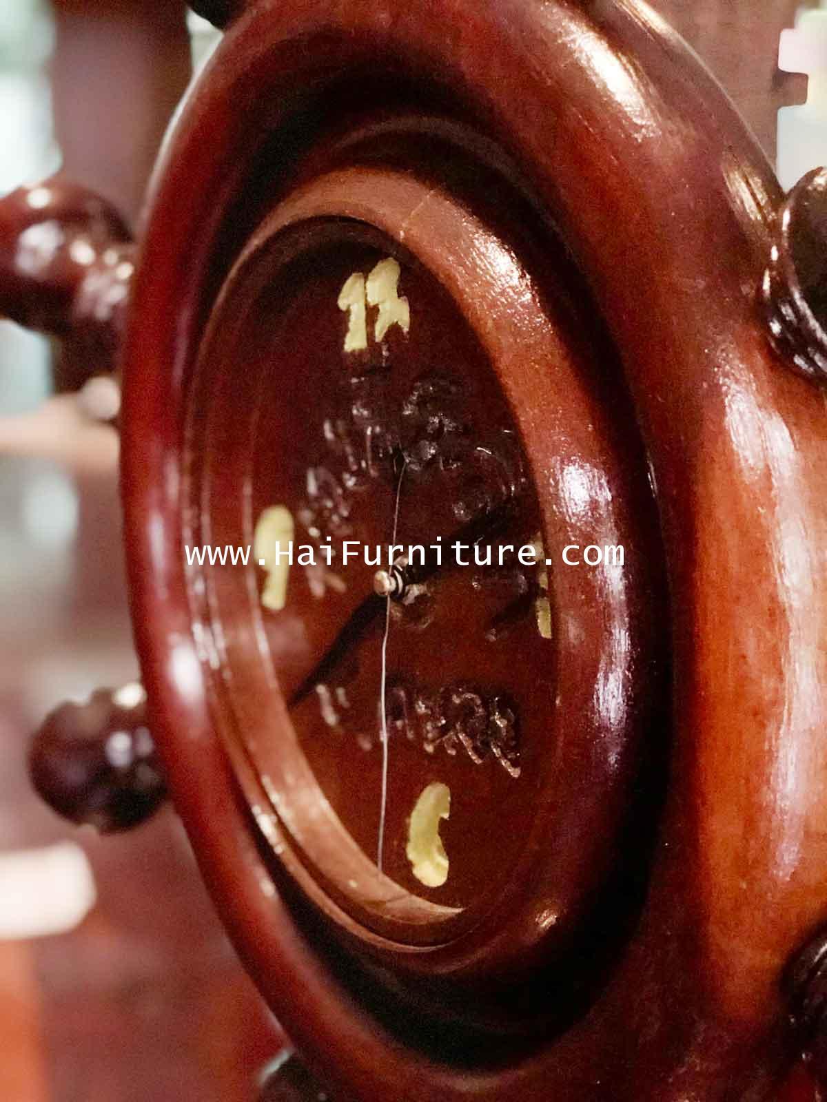 นาฬิกาไม้มะค่า พวกมาลัยเรือ 53*53*62 ซม. 2