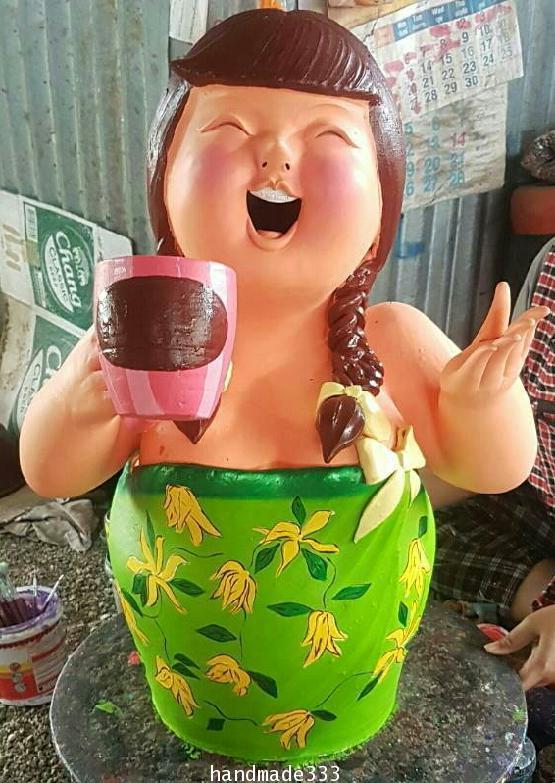 ตุ๊กตาหญิง(งานดินเผา) สูง 80 ซม.