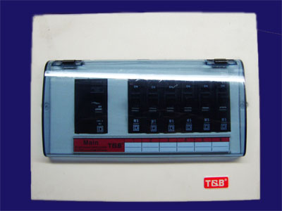 T and B ตู้เหล็กมาตรฐานอเมริกา เมนต์เบรกเกอร์ LEGRAND20A,สเเควD20A,BICINO 50A 10KA