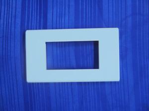 หน้ากาก รุ่นซีรี่ส์  3 ช่อง คละสี  ชมพู ฟ้า เขียว  (A)