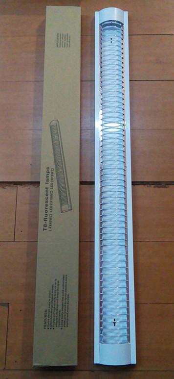 WOW เซ็ทโคม T8 LED 18W แบบคู่