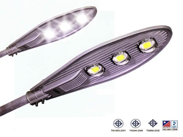 ไฟถนน LED สว่าง ทน ประหยัด 1