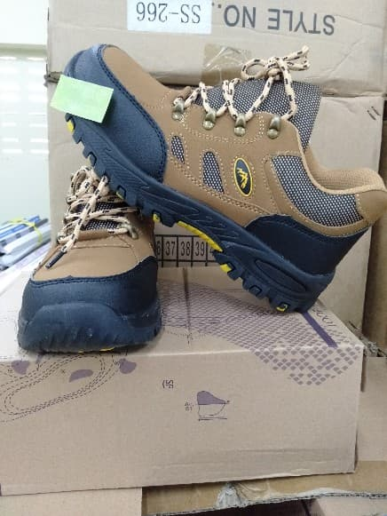 A05046 SAFETY SHOES SS-002 SIZE38