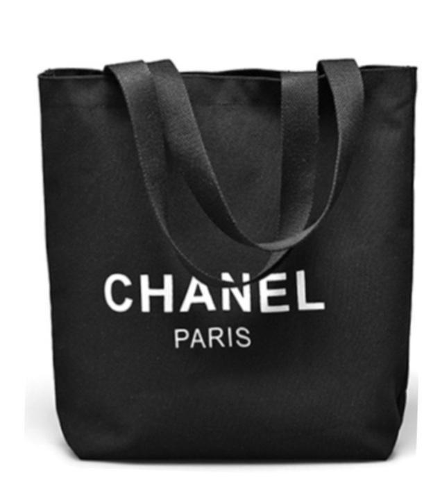 Chanel Nylon Black Tote กระเป๋าใส่ของผ้าไนล่อนสีดำ