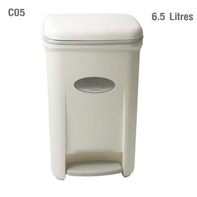 ถังขยะเท้าเหยียบ 6.5 ลิตร สีขาว 1402-087-C05