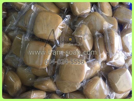 สบู่สครับสัปปะรด Pineapple Scrub Soap (100กรัม) 4