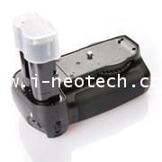NT-PT-BPD80I  Nikon D80 D90 Battery Grip ยี่ห้อ Phottix รุ่น BP-D80 (ชนิด EN-EL3e / MB-D80)
