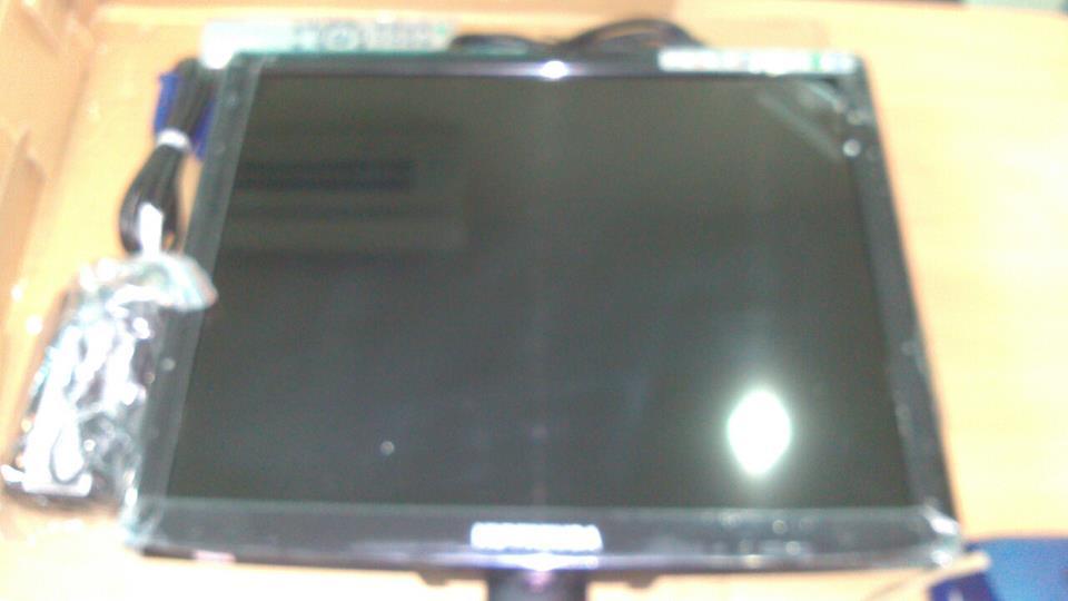 TFT-LCD (Monitor) 17นิ้ว Wide Scereen , VGA DVI