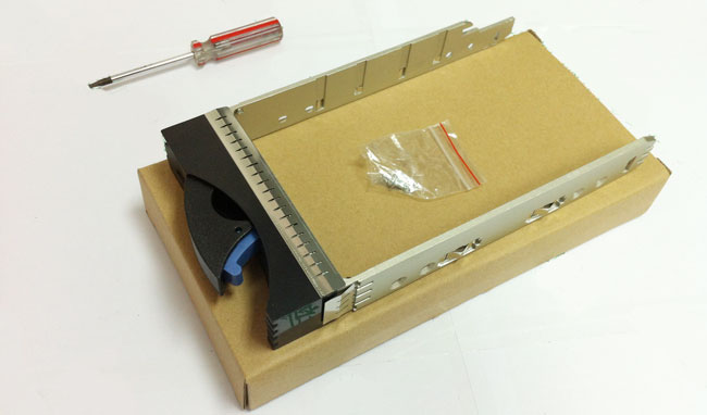 IBM 39M6036 hard drive bays 3.5 FC for the new DS4700 DS5020
