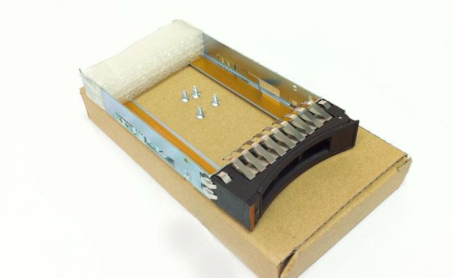 IBM 44T2216 2.5-inch server hard drive bays SAS / SATA shelves with new screws