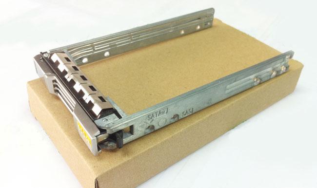 DELL 18KYH 2.5 EqualLogic PS6100X hard drive bays