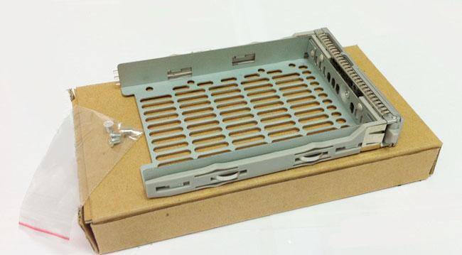 SUN 2.5\'\' SAS 541-0239 server hard drive bays new cartridge mounting screws