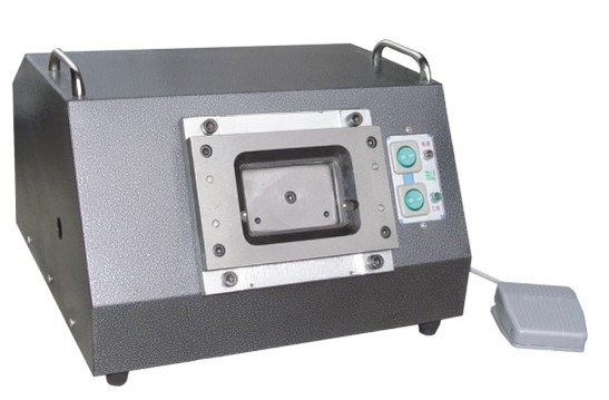 เครื่องทำบัตรพลาสติก เครื่องตัดบัตร พีวีซี PVC ไฟฟ้า Electric Card Cutter size มาตรฐาน 5.4x8.6cm