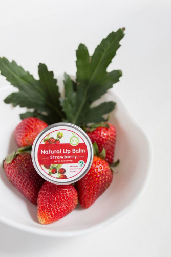 Ira Lip Balm : Strawberry