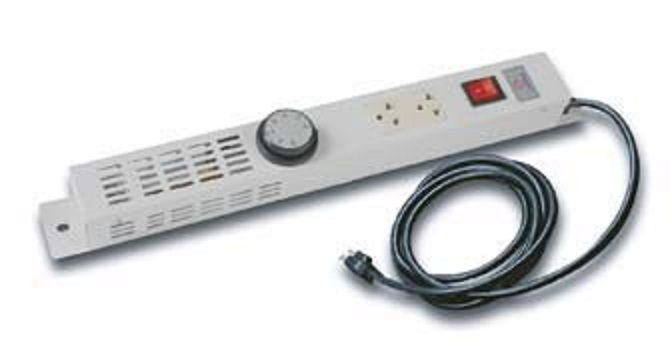 อุปกรณ์ตู้ Rack Themostad Panel Sets 2 Outlet รุ่น G7-05112