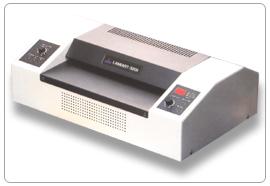 เครื่องเคลือบบัตร GMP LAMIART-3201แถมฟรีพลาสติกเคลือบA4 1กล่อง
